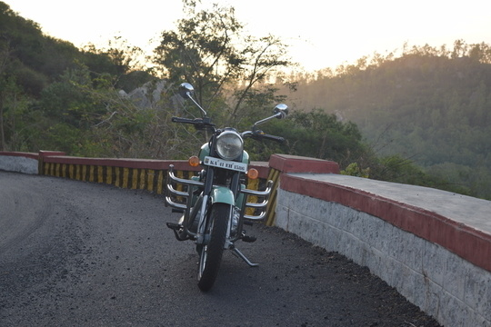 About 2 months into the relationship... hours and hours and miles and miles of togetherness and many many superb memories already... Its about time you all met my love .... Meet my sukh dukh ka saathi.. mera haathi... JUMBO!! :* :*   We got each other's back.. quite literally .. ;) ;) #classic #goals #newgoalsset #bullet #royalenfield #love #soroposo