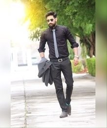 . #Black is always my 1st choice.............!! #Hextie by @thefashion_mart  #Watch by @brandsalone  #blogged #blogging #beard #moustaches #fashion #style #tshirt #indianbloggercommunity #indianblogger #fashionblogger  #indianstyleblogger #blogger #menswearfashion #indiangentlemen #TheFashionLeague  #men  #mensfashion  #fashion  #style #india #indian #mensstyle  #uber #menswear  #lookbook #malebloggerindia #indianmaleblogger @roposotalks @roposocontests  #streetstyle