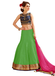 """New Embroidered Navy Blue And Green Lehenga Choli @ Rs.999/- only Shop Now:- https://goo.gl/oxURGv Order On Whatsapp no +91-7285880242 Mail Us On :- info@khantil.in Product code:-17616"" #lehengacholi #green #online #beauty #designer"
