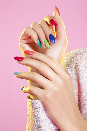 #ProTip Beauty: Make Your Own Nail Polish   Want a shade of nail polish but can't find it? Just crush some eye shadow of the required colour and mix it with clear polish. Your personalised nail polish is ready!   #MakeLifeSimple #beauty #tips #homehacks #beautytips #beautyhacks #makeup #makeuphacks #promakeup #delhigirls #mumbaigirls #chennaigirls #bangaloregirls #nailpaint #hands #happyhands #nails #colours