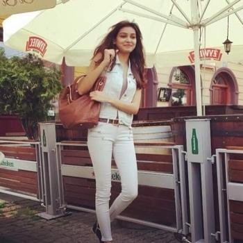 #random #candid #pic #Poland #Europe #travel #style #indian #girl #fashion #freak #lovemylife