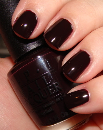 One of the Nail Trends for 2017 is the dark shades of polish. Darker shades of red (burgundy) and navy blue (midnight blue) were all over the runway adding a mysterious gothiness to the whole outfit.    #nailtrends #nailcolor #darkcolor #nailpaints #boldcolors #burgundynails