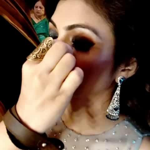 Smokey eye makeup for a bride's cocktail. #eyemakeup #smokey #smokyeyes #smokeyeyemakeup  #makeup  #bridal  #brides #wedding-bride #makeup #roposo-makeupandfashiondiaries #makeupguru  #wedding  #cocktail #cocktaillook #poonamsmakeup #poonamshahsmakeup #openhair #openhairlook #dewymakeup #glitter #glitteryeyes #makeupvideo #makeupideas #photooftheday #fashion #makeupartistindia #makeupartist #makeupartistsworldwide #bridesofindia #lovemyjob #happybride #happybridesaretheprettiest #glam #glammakeup #glamourouslook #fashionbloggerindia #makeupblogger