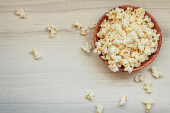 #ProTip Health: Munch On Popcorn  Substitute chips and wafers with popcorn (minus the butter). It has lesser calories and is full of proteins and iron!  #MakeLifeSimple #fitness #instafit #fitnessmotivation #fitandhappy #instafitness #fitnessgoal #stayfit #fitnessinspiration #instahealthy #instatip #fitnesstip #diet #dieting #dietplan #eat #eathealthy #foodie #popcorn