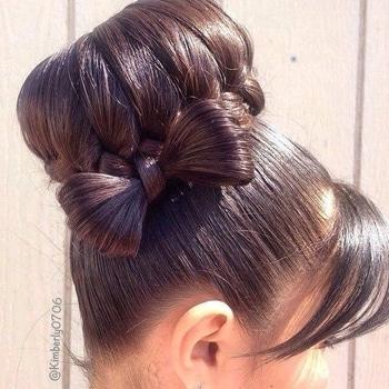 #hairstyleoftheday #hairtutorial #diy #roposohairstyles #chicfashion #tutorial #checkitoutnow #roposoblogger #fashionlover #keepitstylish