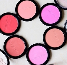 Blush Heaven from makeup revolution... which one is your favorite shade? 😍😍 #makeup #makeuprevolution #makeupguru #blogger #beautyblogger #ropo-love #ropo-good #soroposo #roposogal #trendylook #trendingonroposo #trendingfashion #fashion