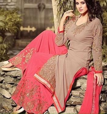 Stylish Brown & Pink Palazzo Suit with Chiffon Dupatta Product code - FCSS565  Available at www.fashionclozet.com  Watsapp - +91 9930777376 Email -  info@fashionclozet.com Or DM for enquiries.  #indowestern #indianfashion #india #indians #diamirza  #indiancricketteam #teamindia #chudidar #newzealand #bride #desibride #indianbride #pakistanibride #pakistan #bollywood #desifashion #desi #desibridal #wedding #weddinginspiration #dulhan #shaadi #indianwedding #desiwedding #weddingdiaries #weddingphotography #pakistanifashion #desicouture #pakistani #indianfashion
