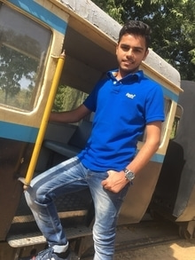 #blue #blue-reflectors #railmuseum #superdry #beinghuman #sunkissed #sunnyday #tb #styledbyme #roposo-style #styleguru #men #hairfashion #menwithclass #menwithstyle  People will stair, make it worth their while.💥💥💥 #haircare