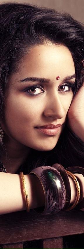 #shraddhakapoor #beautifulwoman #simpleelegant  #photography