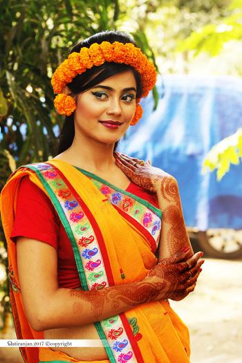 Traditional mehendi look.