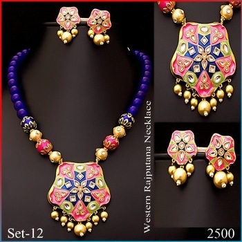 COD ALL OVER INDIA *************************************** BEAUTIFUL KUNDAN HANDCRAFTED JEWELLERY ****************************************** PRICES ARE ON PICS Worldwide Shipping ****************************************** Please Whats app on - 9731655588/ jewelleryred@gmail.com For Orders and enquiries