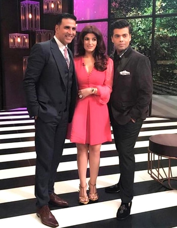 Twinkle Khanna totally slaying in her bishop sleeve bubblegum-pink dress by Alexander Mcqueen and Akshay Kumar in Dolce and Gabbana, at the 5th season of Koffee with Karan...timeless beauty <3 #twinklekhanna #koffeewithkaran #alexandermcqueen #pinkdress #bollywoodfashion