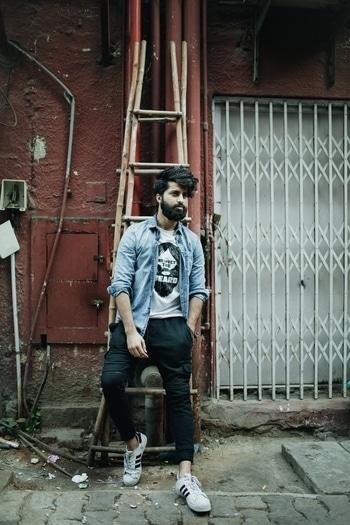 ❤️❤️ . . . . #fashion #fashionbloggersofindia #fashionblogger #blog #look #lookbook #street #streetstyle #dape #dapper #menshair #mensfashion #beard #beardlysocial #sodelhi #delhi #india
