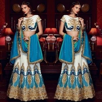 Blue And White Raw Silk Lehenga Product code - FCL366 Available at www.fashionclozet.com Whatsapp - +919930777376 Email - info@fashionclozet.com or DM for enquiries #fashionblogger #mumbaidiaries #delhigram #pune #bangalore #ahmedabad #desi #animals #igers #igersindia #indian #indianjewelry #girli #indianweddings #indianbridalfashion #embroideredblouse #customisedoutfits #blacknwhite_perfection #indianblouse #embroidery #pranatiraiprakash #sikh #punjabisuit #sikhwedding #gurdwara #singh #kaur #sardar #sardarni #bride