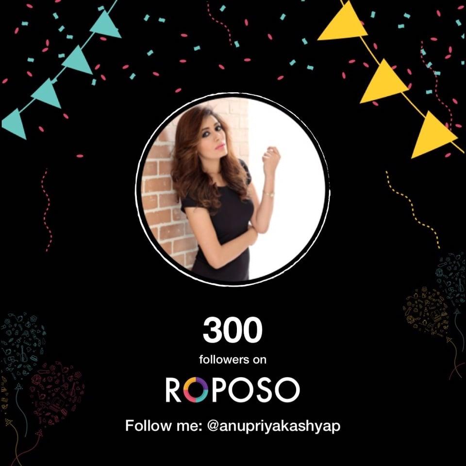 #roposo#girl#insta#love#fashion#blogger#300followers#on#roposo#yahhooo#feeling#excited#wali#love#u#my#followers😍💋💋💋