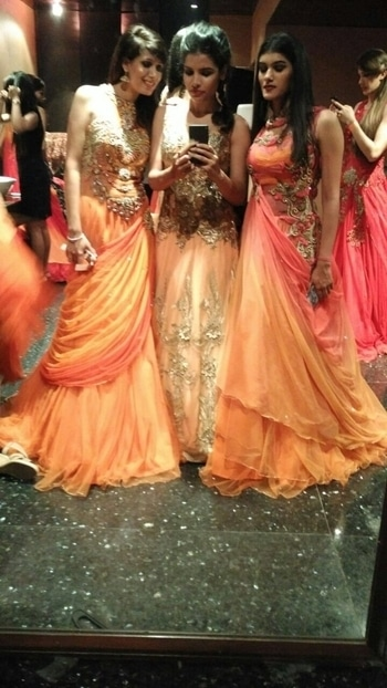 #roposo#girl#dsginer#shoot#orange#gown#insta#girl#insta#folowers#pose#style#swaggr#lehnga👗💄💃