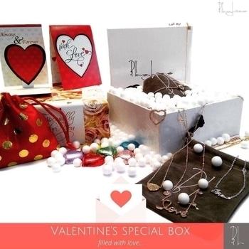 #valentine #valentinesday #specialoccasion #love #soroposo #soroposofashion #fashionblogger #fashionblog #jewellery #designer #blinglane #blinglaneaccessories