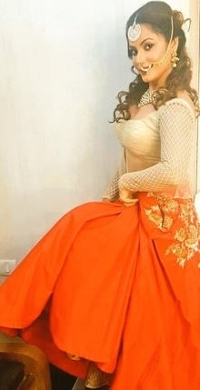 Neetu Chandra in a saffron and gold lehenga set #libasreshmariyaz #libasriyazgangji #gangjijewels #saffron saffronandgold #traditionalwear #nosering #maantikka #trousseau #ethnic-wear #indianbride #indiancouture  #celebrityfashion