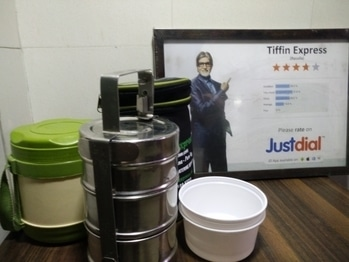 Tiffin Express Pure Veg Home Made Hygienic Tiffin Service Providers All Over Mumbai Call:9819815088 tiffinexpress.net #foodiesofindia #foodloversmumbai #desi #Dabbawalla#Jainfood#GujratiFoods