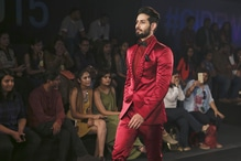 Shahnawaz Alam looking ravishingly dapper in Red at IBFW last season.  Stay tuned to catch all the updates and behind the scenes of IBFW2017 on Roposo #IBFW2017  @ibfw2017 @shahnawazalam
