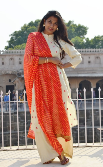 ~Look Book  Outfit: @westside Full Story: pinkcolumn.com  http://www.pinkcolumn.com/look-book-at-the-jaipur/   #ootd #traditionalwear #traditionallove #traditionallook  #jaipur #love #traveldiaries #rajasthan #chandbaori #abaneri