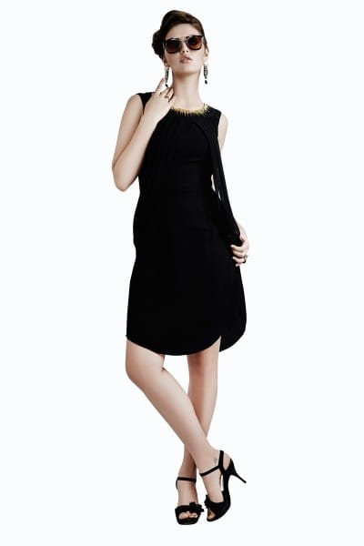 http://www.kalaniketan.com/indo-western-dresses/dazzling-black-color-designer-kurti-in-georgette-fabric.html #blacklove #blackloverforever #forblacklovers #indowestern #girlysh