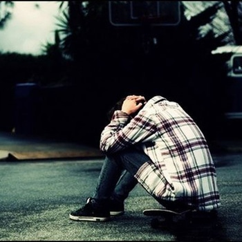 "#He_She 👫💟. #HeartBreak . He- aj bht late online aaye .... 🙂🙂 She- ap mera intezaar nai kiya kro .... Mjhe achca nai lagta... 😐😐 He- kya kru aur koi option hi nai h .... Jo sukoon apse bt krke milta h wo duniya mei khin ni milta ... 😞😞 She- ap jante ho na hm srf frnds h use zada kch nhi ... 😒😒 He- haaji janta hu par dosti mei vi pyaar hota h na .. ☺☺ She- apko kyu smjh ni aata ... Hm kavi saath ni ho skte .... 😕😕 He- kya resn h ap hi btao .... Well educated hu , religion n caste ka vi problem ni h ..... Fr kya resn h ... Ap kisi aur ko psnd krte ho kya .. 😩😩 She- mai apko uss type ki lgti hu kya ... Aisa kch nhi h ... 😕😕 He- achca fr chalo ap mjhe ye hi bta do ki apko mre sth rhne ka Mann nai h ... 😔😔 She- meri marzi se kya hoga .... 😐 He- parents vi maan jynge ab bolo ap ... 😌😌 She- baat meri ya parents ki nai h .... Ap bht zada serious ho chuke ho ..... Ab mai apse bt ni krungi ... Bye tk cre ... Have a gud lyf bye... Itna bol ke she he ko block kr deti h ....  He smjhta h ki she ka marzi ni h uske rhne ka n wo rote rhta h par usse call ni krta .....  Ek week bd pta chlta h ki she ko cancer tha n she died 😭😭😭😭 Bs he ko ek msg milta h .. ""Bhot bebas ho jata h insan jb wo kisi ka ho vi nahi sakta aur usse kho vi nahi sakta "".. 😭😭😭😭"