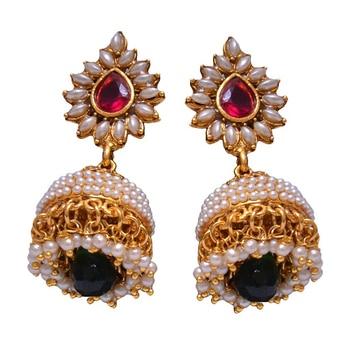 Jhumka for every occasion.Grab now at www.shforn.com #shforn #jhumkas #jhumkalover #jewelrylover #postoftheday #picoftheday #ethniclove #ethniclookoftheday #stylishlook #beautifuljewelry