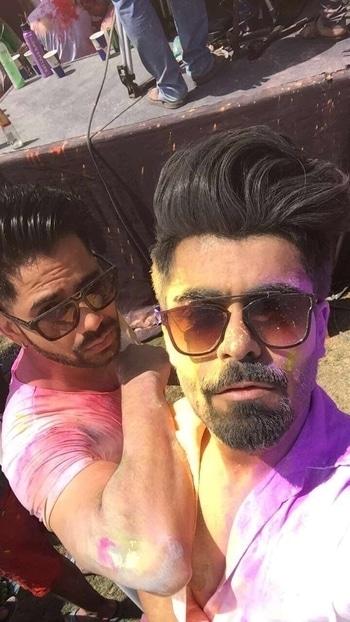 Happy holi 🙈🤗 #holi #party #drunk #mumbai #zoomparty #white #coloured #bearded #hair #love #international #supermodel #malemodel #insta #picoftheday #tagforlikes #insta #celebrity #sunkissed #wet #hot #sexy #handsome #boys #selfie #indian #festival #beachside #monday #snapchat #nofilter #menonroposo #soroposo #celebrity