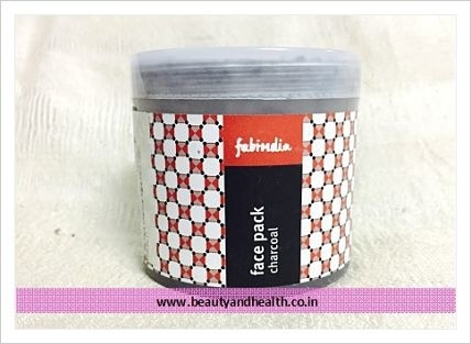Looking for #Charcoal #FacePack to get clear healthy skin. Checkout review of Fabindia Charcoal Face Pack. http://beautyandhealth.co.in/2017/03/fabindia-charcoal-face-pack-review/