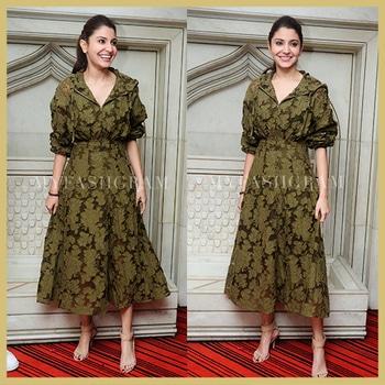 Anushka Sharma Hoodie Dress  http://myfashgram.com/celebrity/only-anushka-sharma-couldve-made-a-hoodie-dress-look-so-damn-classy/  #trendalert #summer-style #dress