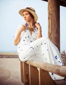 Make a statement with the White Splash Print Maxi Dress. Feminine and so very chic.  Buy : https://goo.gl/UyxBsh