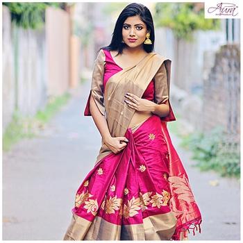 Kolkata Fashion Blogger looks absolutely stunning in our Aryaa August Ruby Saree  Shop Link >> https://www.aurastudio.in/aryaa-august-ruby.html  #fashion #blogger #bloggerstyle #saree #sareelove #embroidery #weddingsaree #designerwear #designersaree #kolkatablogger #lookgorgeous