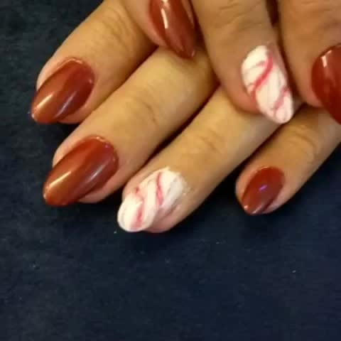 #marblenails#simpleandclassynails#springnails#chicnailsfashion#nailartswag#prettynailsrock#nailart#nailartaddicts#fashionbloggerindia#fashiondiaries#stylestatement#nailsalon#nailstudio#claw#getclawed💅💅