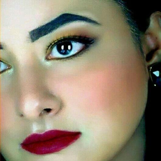 Rhea Khan : Daytime Glam Look #style #styleblog #styleblogger #blogger #fashion #fashionblog #fashionblogger #dubai #dxb #emirates #uae #model #selfie #nofilter #selfienofilter #photooftheday #ootd #makeup #mua #photography #fashionphotography #photoshoot #chic #whatiwore #elegant #floral #soroposo #roposogal #newdp #myfirstpost #fashionista