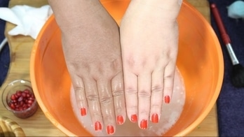 u r hand is now glow more than normal skin tone