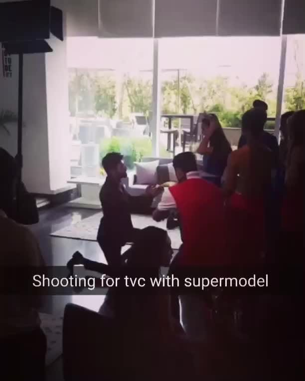 BTS from Golcha jewellers TVC with supermodel International winner @jojo_blossom and 34 other international models. #tvc #tv #advertisement #shoot #workmode #video #international #supermodels #malemodel #insta #tagforlikes #suitup #jewellery #romantic #proposal #snapchat #bts #love #saturday #weekend #handsome #suave #dapper #gentleman #princess #myqueen #actor #camera #pageantlife #fashionpost #menonroposo #soroposo