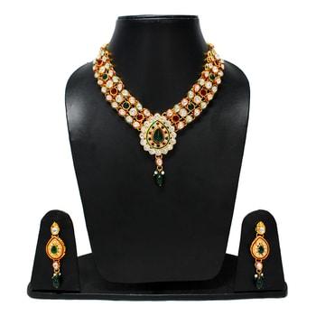 SHOP SHOP SHOP http://goo.gl/IyvpDO #oyeshop #necklace #be-fashionable #shopnow #designerwear #fashionstory #necklace #jewellery #roposolove #fashionforher #swag #weddding #weddingdiaries #roposolove