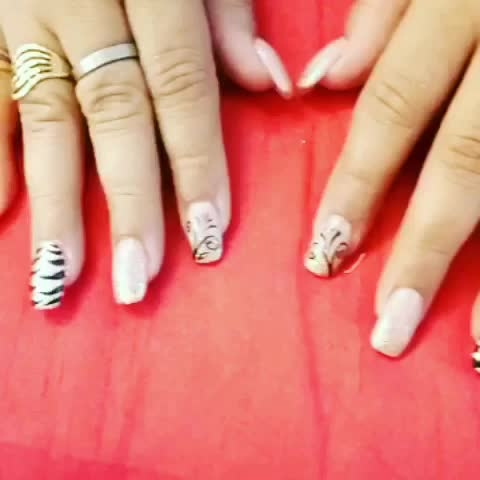 Nail art collection 💅🏻💅🏻 #claw #nailsalon #delhi (Greater kailash1,amar colony, shahpurjat) #mumbai (Linking Road,Bandra) #merrut #happyclient #happyus #nailfashion #nailie #getclawed💅 For appointments in Delhi call on 9811197099 , 9278375598 ,  9871798965 , 011-41038464 WEBSITE : www.claw-nails.com