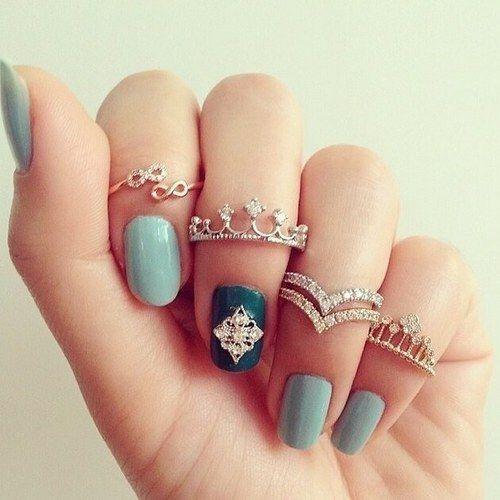 #ring #silverring #americandiamond #americandiamonds #stylishrings #indiagifts #designerjewelry #designerjewellery #designerring #soroposo #popxodaily #roposo #fashionjewellery #fashionjewelry #ringset #fashionjewelleryindia #fashionjewelry
