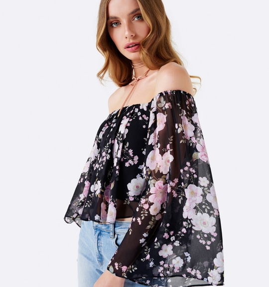 The perfect summer top - Lola Flare Sleeve Off Shoulder #forevernewstyle