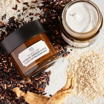 Recipe for a brighter and polished skin? 100% vegetarian Chinese Ginseng & Rice Clarifying Polishing Mask! #naturallybright #skincare #facemask #shinebright  Shop Now: https://goo.gl/vhMOVw