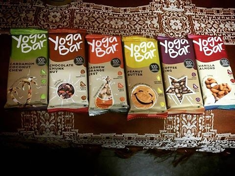 Going healthy? These yoga bars are 100% natural with balanced nutrition and honestly tasty! Priced at only Rs.35/- it comes with a variety of flavors, including, vanilla, orange, chocolate, coffee, cardamom and peanuts. It is free from preservatives, artificial flavors, artificial colors and processed sugar. It is a combination of whole grains, millets, nuts, seeds-all blended with honey and dates to give you the perfect energy boost.  Personal favorite : Nuts and seeds crunch! ❤ . . ️ @fbci_official @yogabars.in @chefssj  F&B product review powered by FBCI (Food Bloggers Council, India) . . #yogabars #nutrition #health #healthy #yum #nomnom #tasty #food #foodie #Delhifoodblogger #review #reviewer #amazing #Delhi #blog #blogger #chicinboots