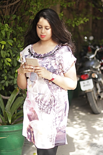 One of our prettiest client shared her story after wearing this #digitalprint tunic from MissGudi. How she loves wearing it!  #clientdiaries #happyclient If you too want to try this tunic then shop at https://goo.gl/hNU6aK Shop for more style at MissGudi.com #shopping #womenapparel #womenfashions #happy clients #folllowus #staystylish