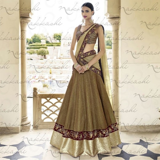 Ladies, how about getting your pretty hands on our Collection of Best Selling #Lehenga Saree  Pick your style from a wide range of #Lehenga Sarees   http://www.ishimaya.com/sarees/velvet.html?utm_source=roposo&utm_medium=refferal&utm_campaign=smo