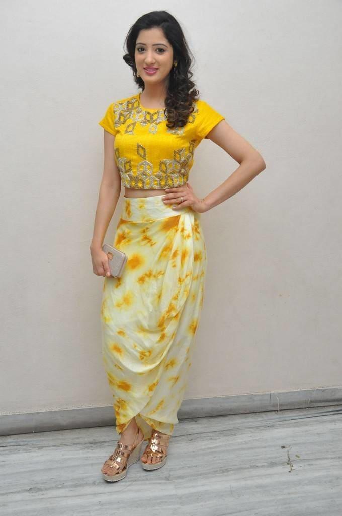@richapanai Photos At Rakshaka Bhatudu Trailer Launch http://www.southindianactress.co.in/telugu-actress/richa-panai/richa-panai-photos-rakshaka-bhatudu-trailer-launch/ #richapanai #southindianactress #teluguactress #yellowdress #yellowtop
