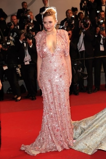 Elizabeth Olsen worked a sparkly Miu Miu dress at Cannes 2017. #cannes2017#redcarpetlook#international