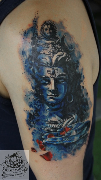 #Tattoo, #artists, #Stores, #Shops, #mumbai, #India @ www.kraayonztattoostudios.com/stores.php