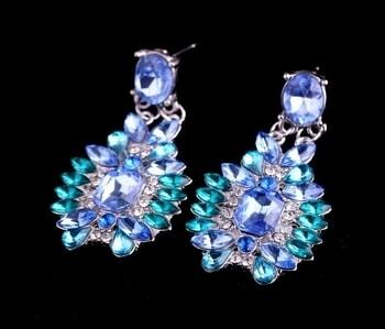 Crystal Drop Dangle Earrings Blue MRP : Rs. 260/-  Product Code: E2295 http://www.bouteeko.com/productdetail/crystal-drop-dangle-earrings-blue