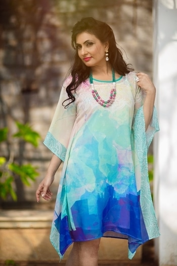 Apart from beauty, a person's demeanor and the way they interact with people is what makes them attractive. We're super glad to have Mukta Chopra, Mrs Universe Finalist 2016, in a Kaftan Company kaftan. #muktachopra #kaftancompany #kaftan